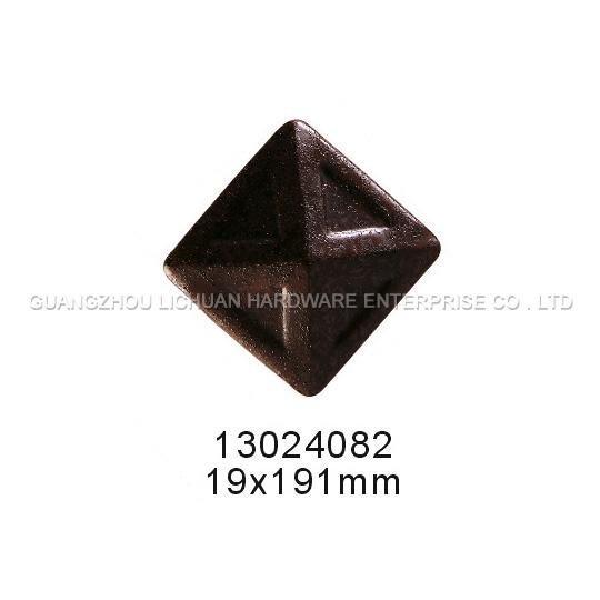 sofa nails 13024082