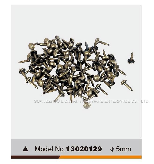 Furniture nails13020129